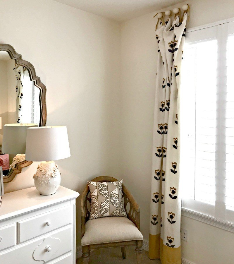 Girl's Bedroom Window Treatment Idea. Interior and Furniture Design Inspiration Pictures from Model Homes and Local Stores.