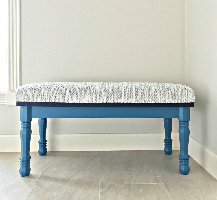 Behr's Mammoth Mountain on this DIY Bench seat is a fun furniture color. #AbbottsAtHome #BenchSeat #BehrPaint #Teal