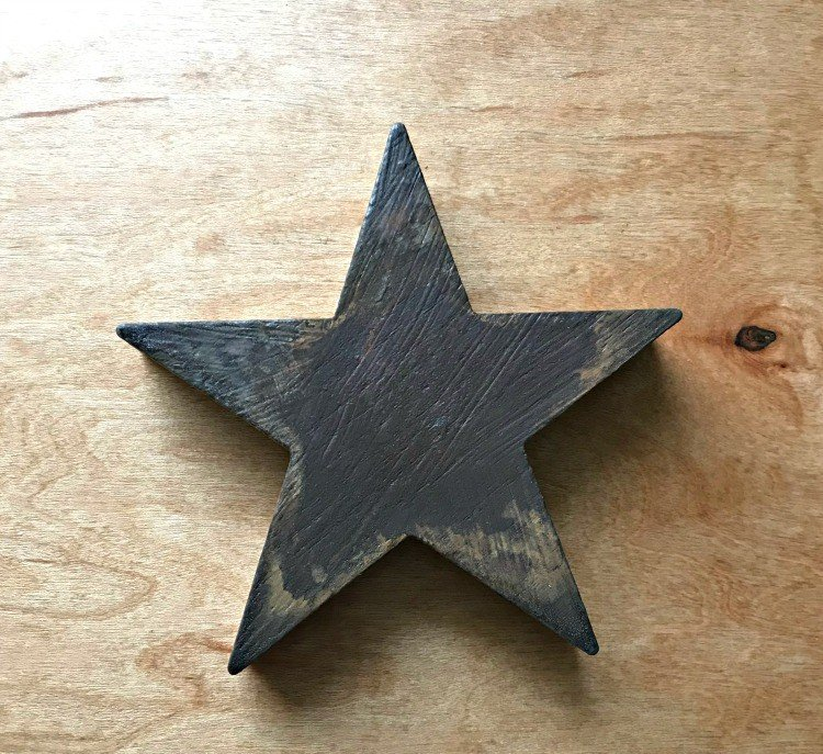 Rust Paint Ornament. Need some new ideas for this years Christmas craft? I've got 12 fun and easy handmade Christmas Ornament Ideas for you! Make 3D scrapbook paper trees, pom pom trees, star string art, unicorn stars, and more. #AbbottsAtHome #Handmade #ChristmasCrafts #ChristmasIdeas #ChristmasOrnaments