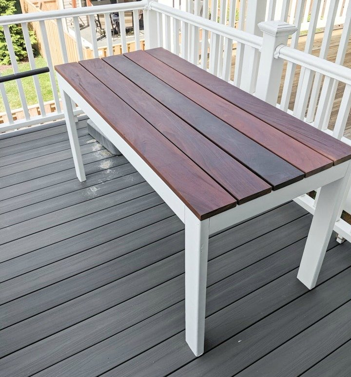 DIY Slatted Outdoor Table from 2x4's