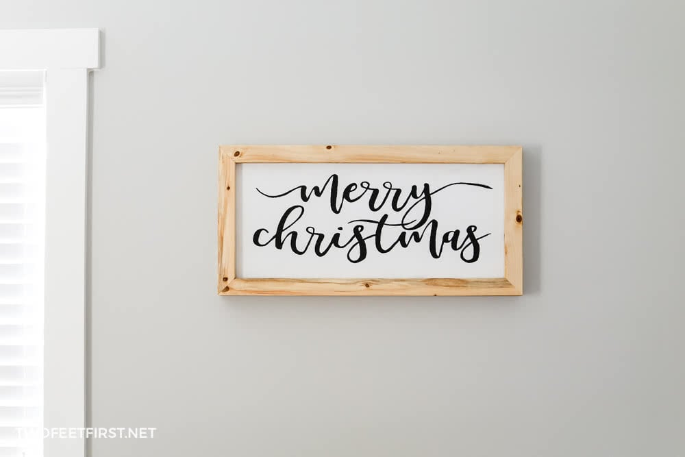 DIY Hand Painted Merry Christmas Sign