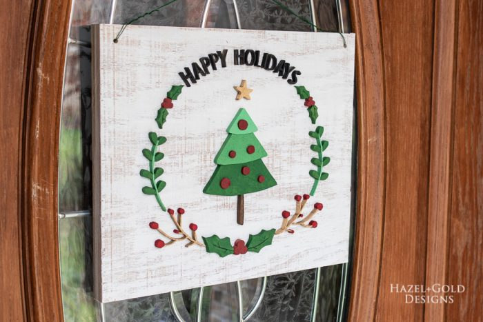 DIY Scroll Saw Christmas Wreath Sign