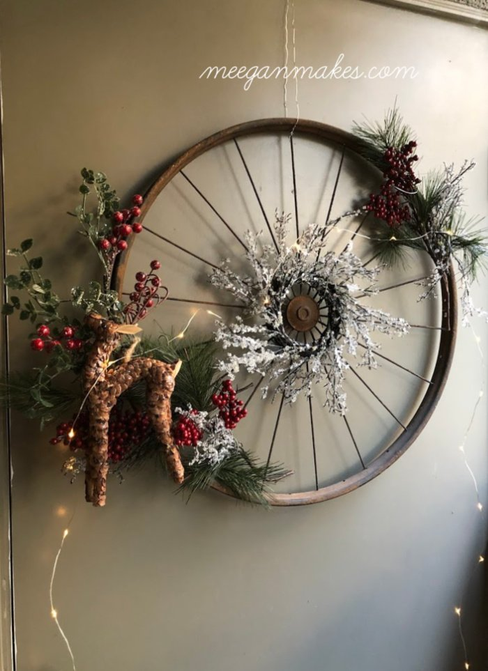 DIY Vintage Bicycle Rim Christmas Wreath