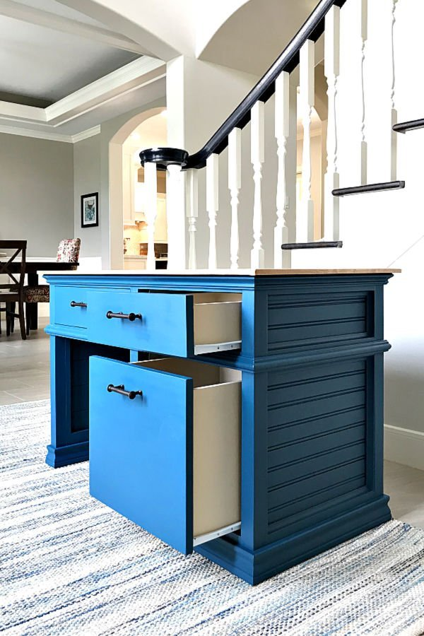 DIY Kids Desk Plans with Storage Drawers. You can find Printable Plans, the full tutorial, and a build video for this beautiful kids desk on her site.  Pottery Barn Inspired Kids Desk Plans.